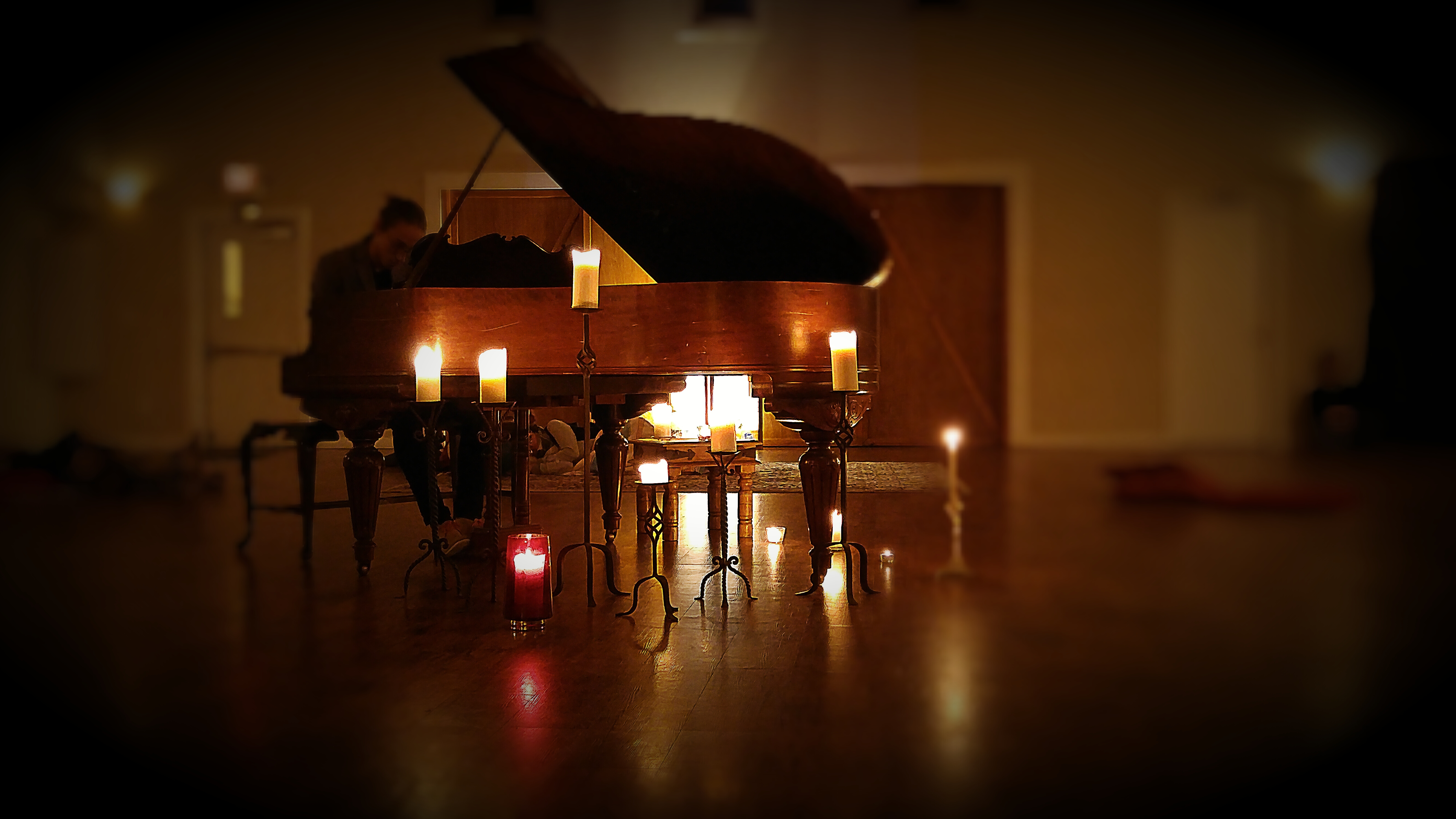 openspace piano candles IMG_20151108_202756